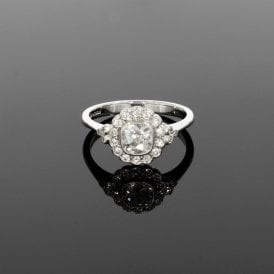 0.92ct Total Diamond Platinum