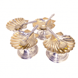 Set of 4 Scallop Salt Servers