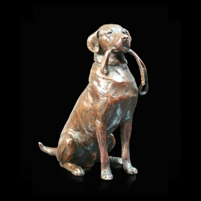 Richard Cooper & Company Medium Labrador with Lead (924)