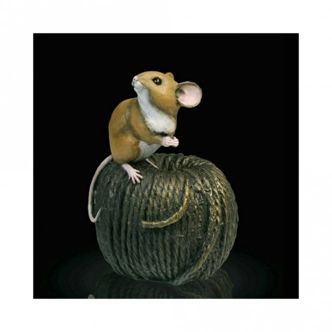 Richard Cooper & Company Mouse on Ball of Twine (238BR)