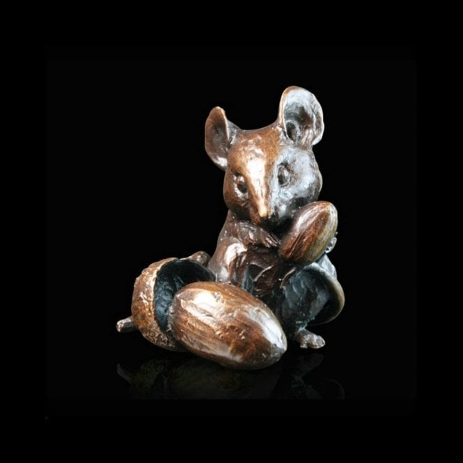 Richard Cooper & Company Mouse with Acorns (735)