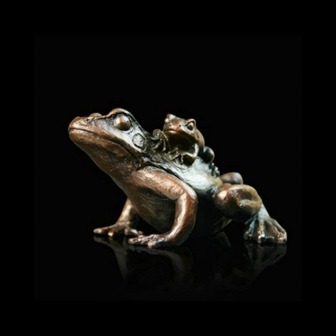 Richard Cooper & Company Small Frog with Baby (932)