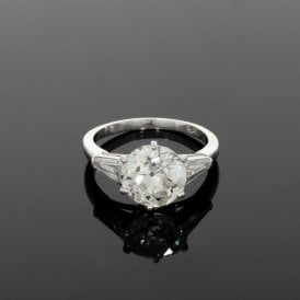 3.34ct Central Diamond 18ct White Gold